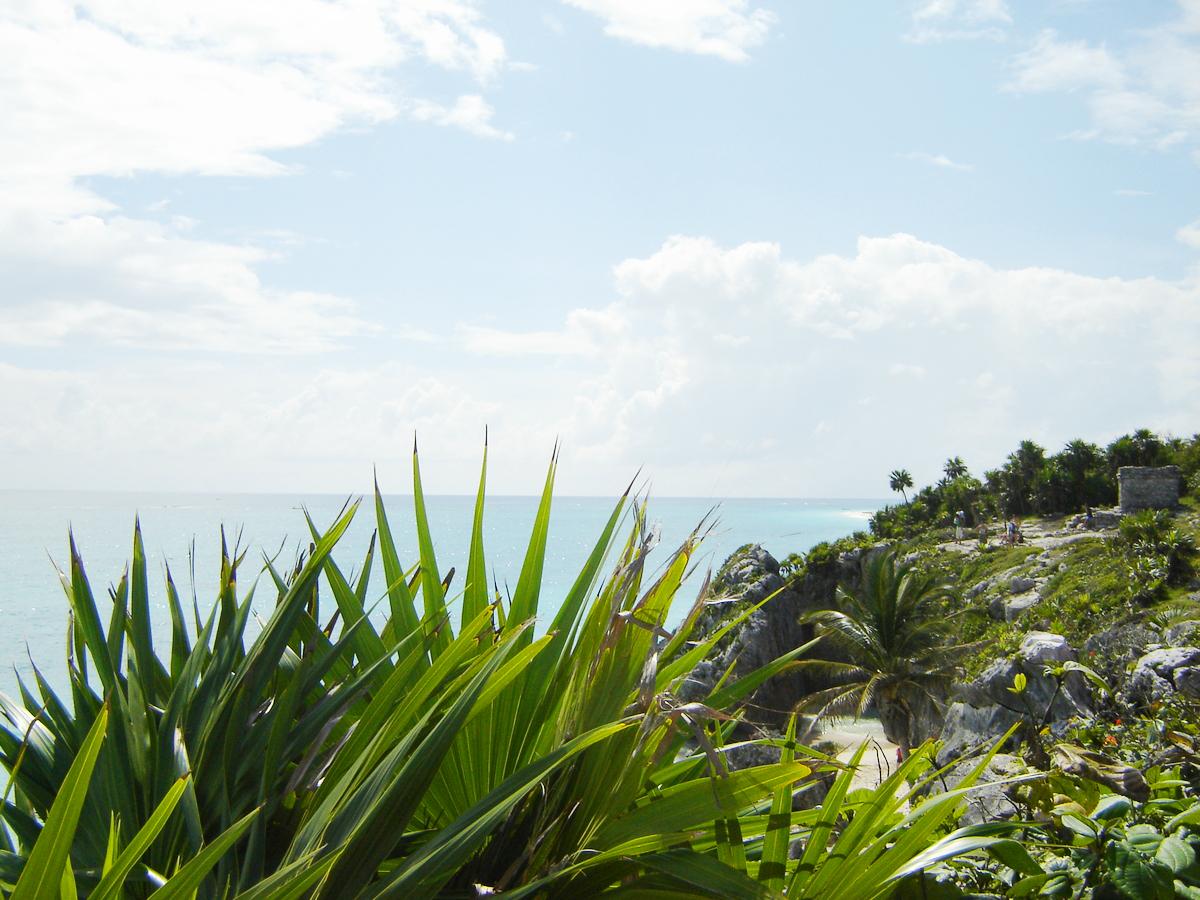 Tulum: idílicas ruinas mayas junto al mar en México/Tulum: idyllic Mayan ruins by the sea in Mexico