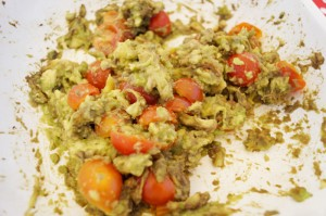 Hoy comemos Totopos con Guacamole y Pollo Chipotle/Today for lunch: Totopos with Guacamole and Chipotle Chicken