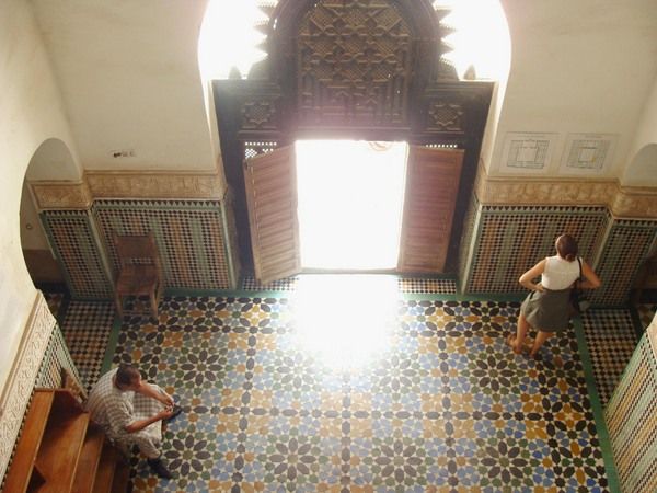 La luz de la Medersa Ben Youssef en Marrakech/The light of the Ben Youssef Medersa in Marrakesh